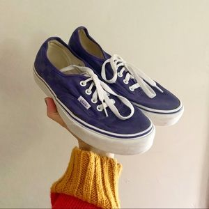 Vans • purple checked canvas sneakers unisex 6 8